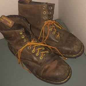Dr. Martens Shoes - Dr martens brown leather combat boots sz 10